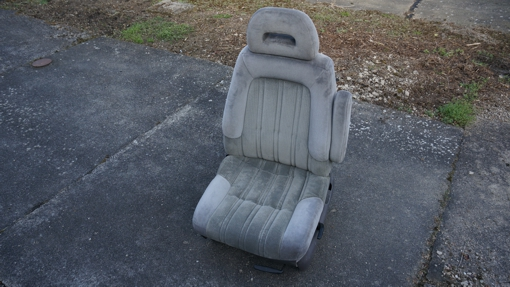 PKW Sitz Chrysler mit Armlehne
